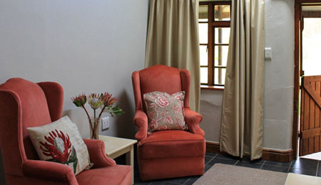 Plettenberg Bay self-catering room lounge